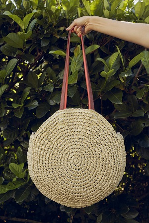 A round straw bag.
