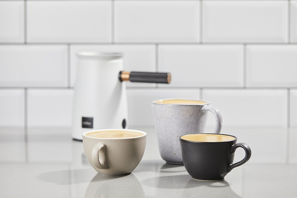 3 mugs with Hot Chocolate