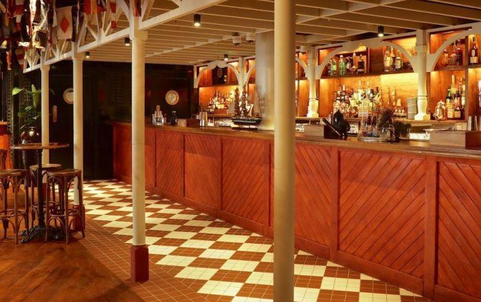 image inside a bar