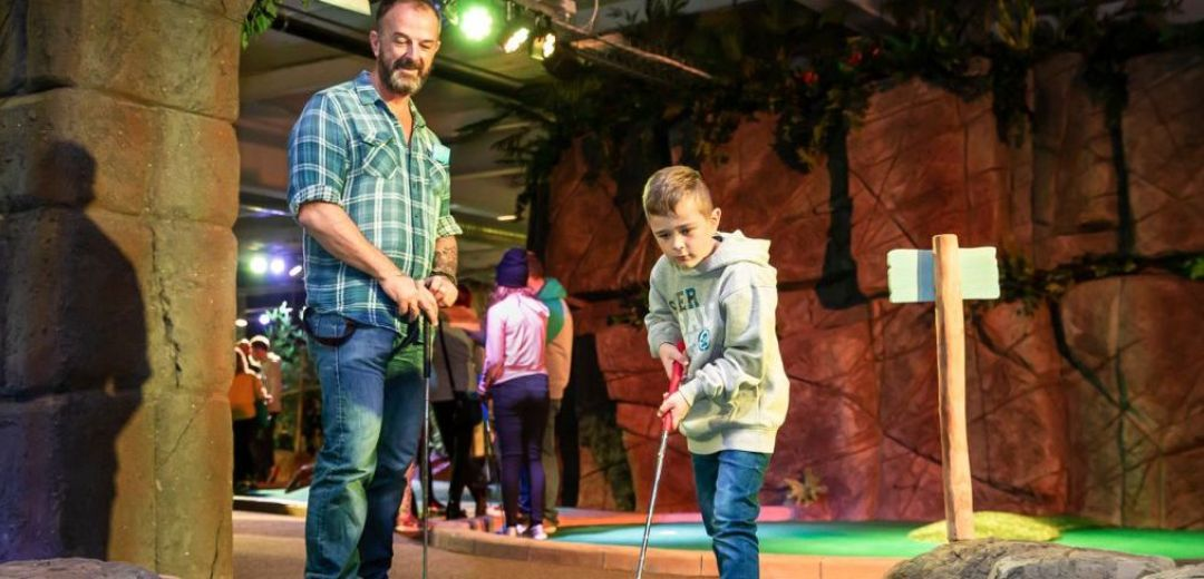 Paradise Island Adventure Golf   2 Course Offer