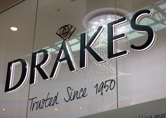 Drakes store sign