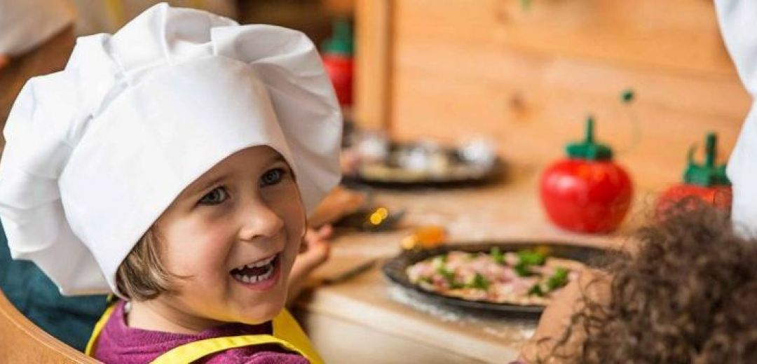 Bread Street Café | Kids can eat for free offer