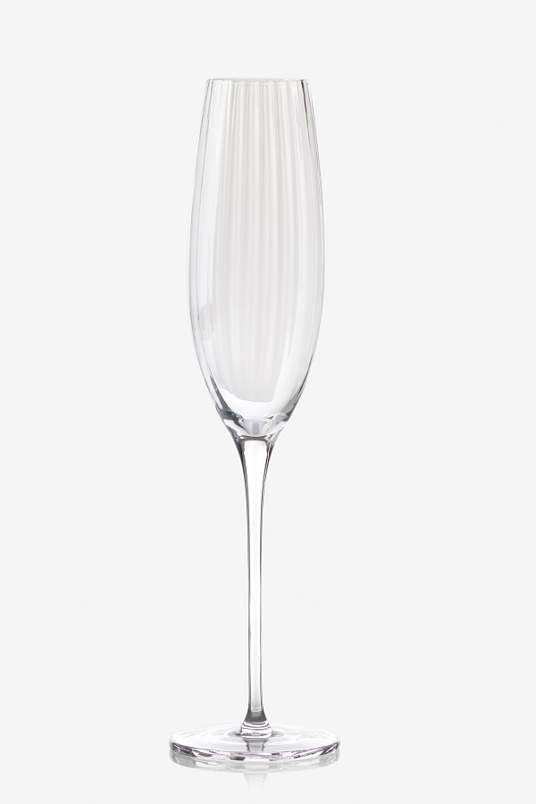 A champagne flute