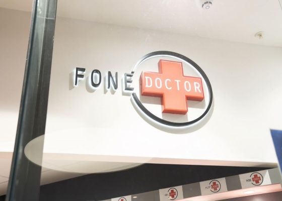 fone doctor store front