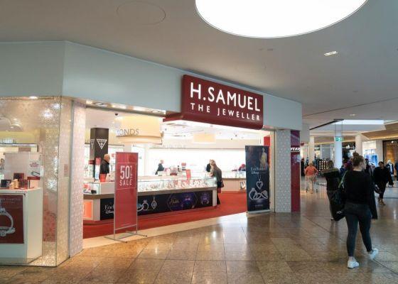 H.Samuel Store Front
