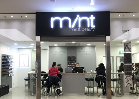 Mint Salon exterior image