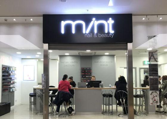 Mint Salon exterior image