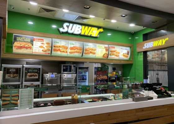 Subway unit front in Meadowhall.
