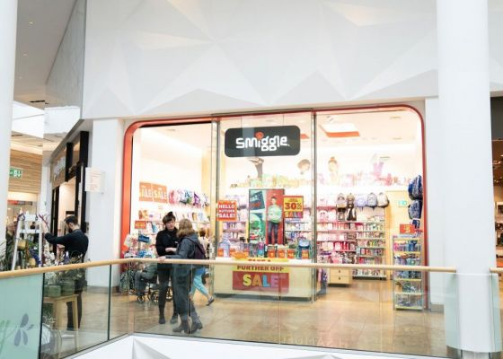Smiggle Store Front