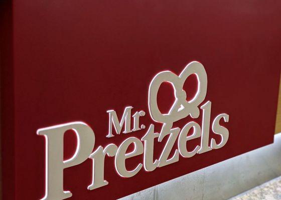 Mr Pretzels Kiosk Sign