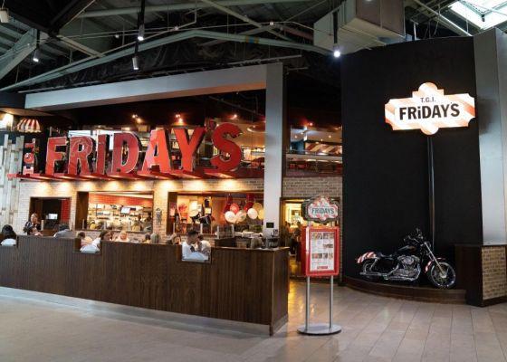 Fridays Restaurant frontage