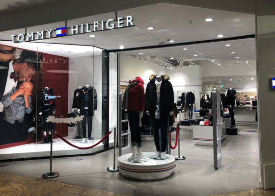Tommy Hilfiger store front