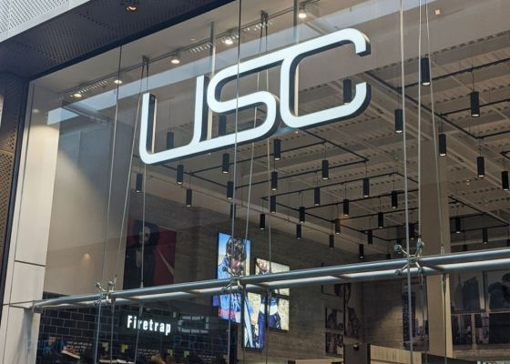 USC store front