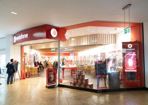Vodafone store front, Meadowhall