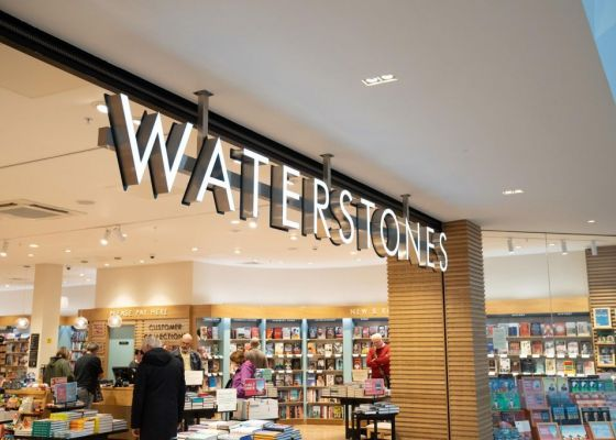 Waterstones store front, Meadowhall.