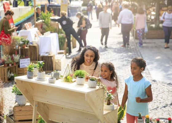 The Floating Market launches at Paddington Central