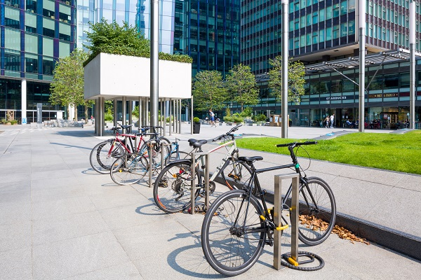 bike racks at regents place