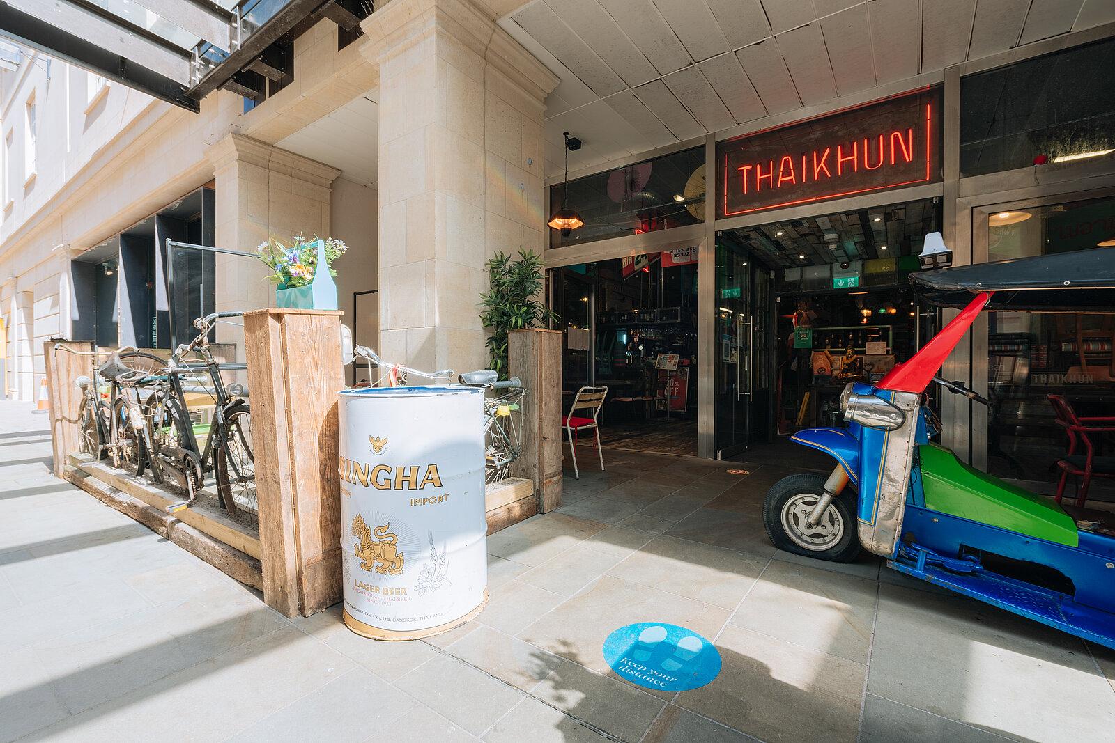 Thaikhun exterior restaurant front